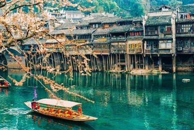 List 08 địa điểm du lịch nổi tiếng ở Trung Quốc